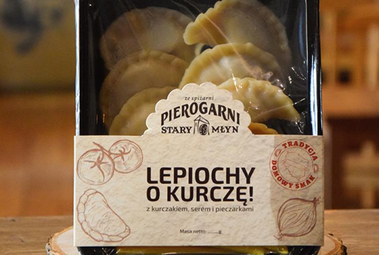 LEPIOCHY O KURCZĘ! - PIEROGI Z KURCZAKIEM, ŻÓŁTYM SEREM I PIECZARKAMI, 10szt.